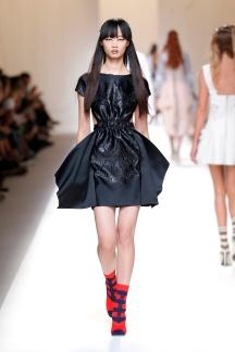 fsfwma13-30com-fashion-week-milan-ss-2017-fendi-highres