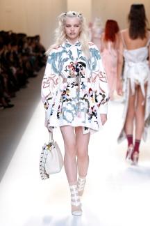 fsfwma13-47com-fashion-week-milan-ss-2017-fendi-highres