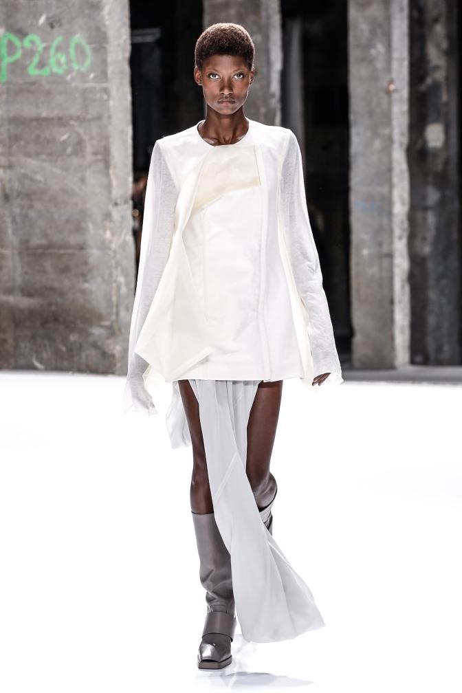 fswpa13-01com-fashion-week-paris-ss-2017-rick-owens-women-highres