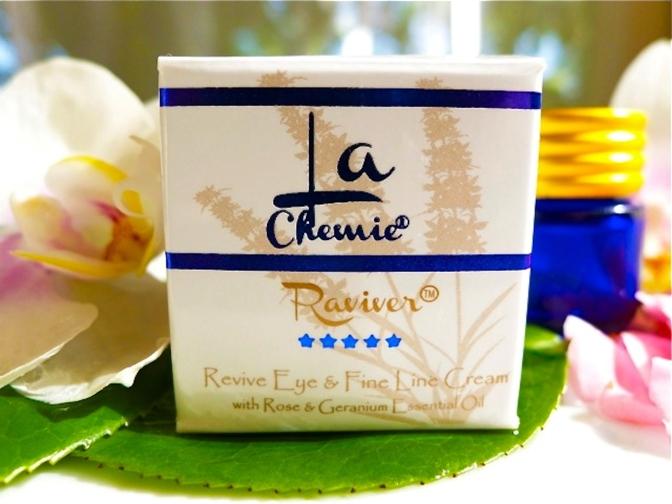 lc001-04com-la-chemie-raviver-eye-cream-highres
