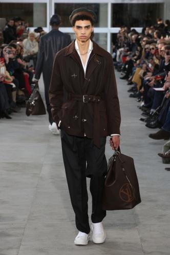 fsfwpa01-21com-paris-fashion-week-f-w-17-18-louis-vuitton-men-highres