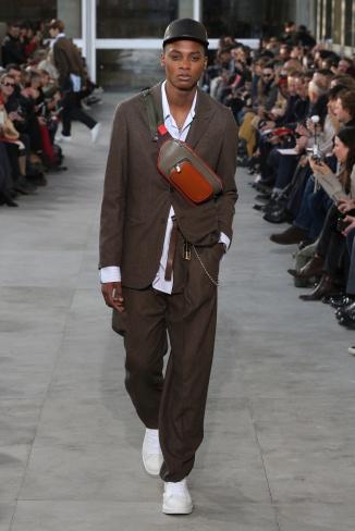 fsfwpa01-23com-paris-fashion-week-f-w-17-18-louis-vuitton-men-highres