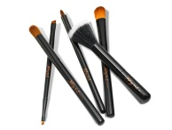 hyb001.06com-hynt-beauty-vegan-handcrafted-brushes-highres