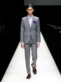 fwmi13.50com-fashion-week-milan-s-s-2018-emporio-armani-men-s-collection-highres