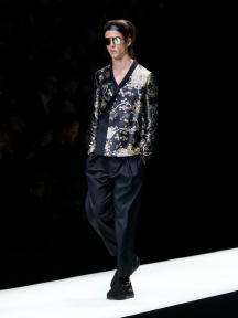 fwmi13.67com-fashion-week-milan-s-s-2018-emporio-armani-men-s-collection-highres