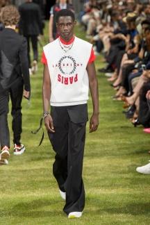 fwpa01.22com-fashion-week-paris-s-s-2018-dior-homme-highres