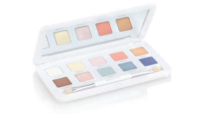 mo01.01com-models-own-celestial-enchanted-eyeshadow-palette-highres