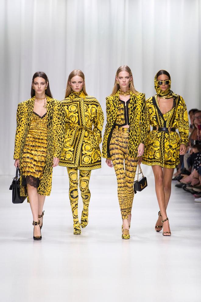 fsfwma07.01com-fashion-week-milan-s-s-18-versace