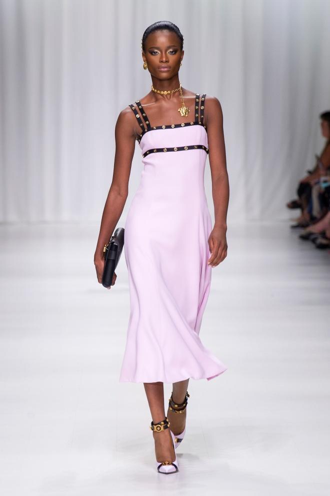 fsfwma07.35com-fashion-week-milan-s-s-18-versace
