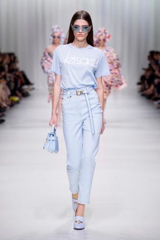 fsfwma07.44com-fashion-week-milan-s-s-18-versace