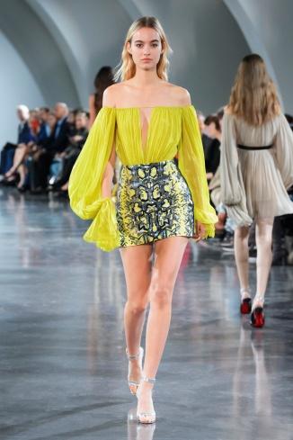 fswpa010.23com-fashion-week-paris-s-s-18-thierry-mugler-highres