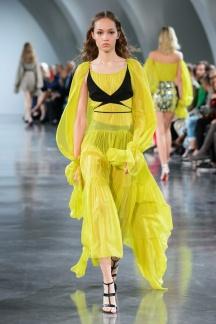 fswpa010.24com-fashion-week-paris-s-s-18-thierry-mugler-highres