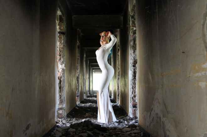 girl-dress-white-ruins-160544.jpeg