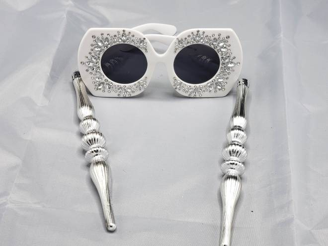 SNOW SILVER WHITE BLING DARLING SUNGLASSES